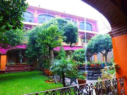 10a Rain in Courtyard