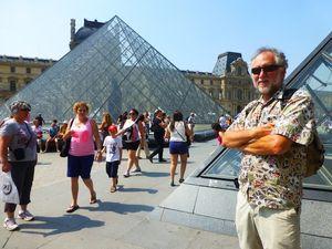 11b The Louvre