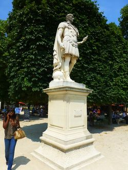 16 Statue