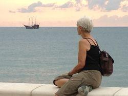 15 Girl w Pirate Ship