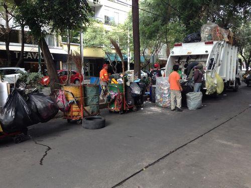 2e Recycling truck