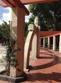 4f Monument