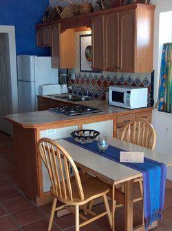 Pelican Apartment 4 kitchen